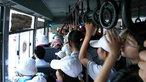 Coi sinh viên nhưngười mất quyền công dân, sao dám đi xe buýt?