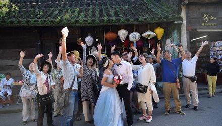 Tấm ảnh cưới bất ngờ