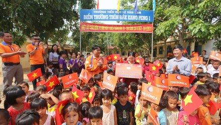 Nhiều hoạt động từ thiện tại giải đua xe đạp truyền hình TP.HCM