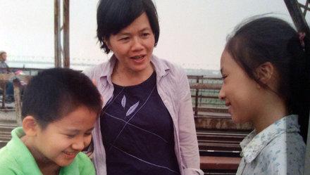 Đạo diễn Nhuệ Giang: 'Điều nhà làm phim nữ cần không phải một ông chồng…'