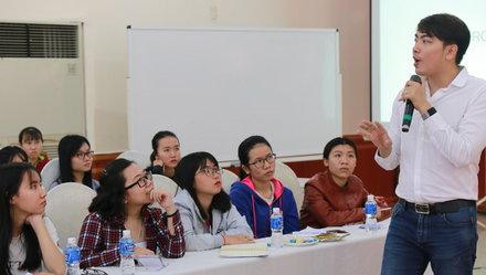 Tập huấn kỹ năng chuyển đổi cho sinh viên