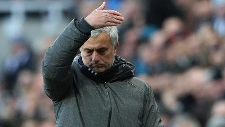 """""""M.U không thể ghi bàn dù có thể đá 10 tiếng với Newcastle"""""""