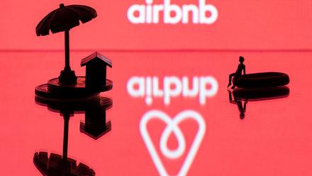 Airbnb: Lâu đài cát và cơn sóng đại dịch