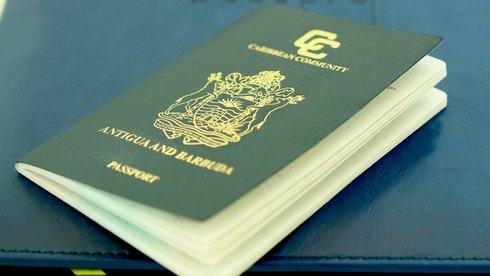 Ai mua quốc tịch, tôi bán cho