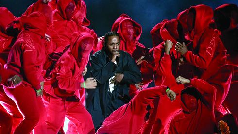 Kendrick Lamar và sự trỗi dậy của những chiến binh báo đen