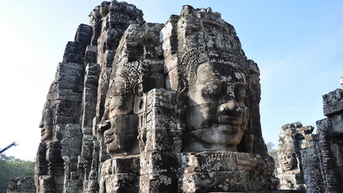 Brahma hiện diện khắp nơi