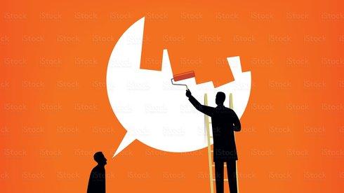 Hai thái cực của cuộc chiến chống tin giả