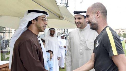 TỈ phú Sheikh Mansour, hãy đến V-League!