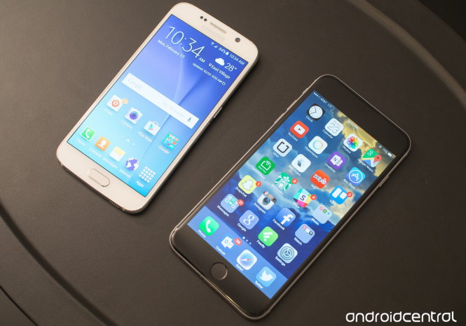 Samsung Galaxy S6 và Apple iPhone 6 Plus - Ảnh: Android Central