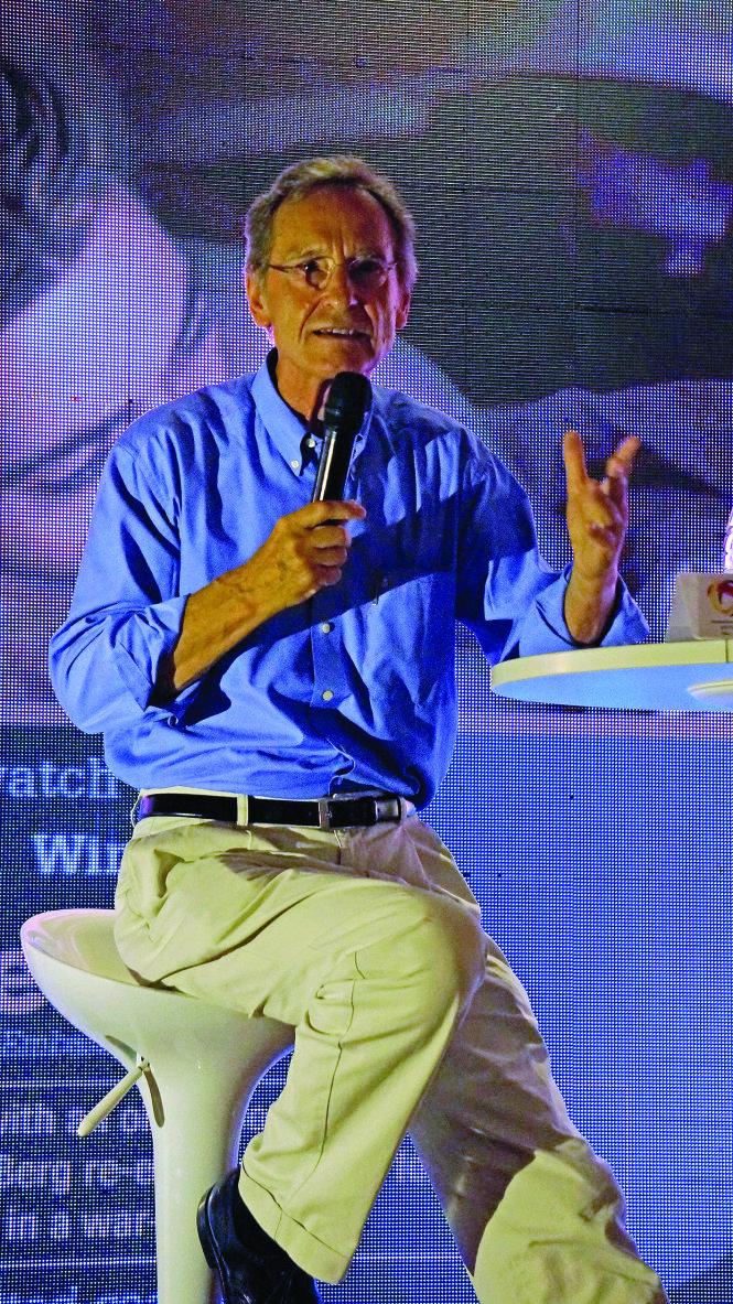 Nhà văn Bernhard Schlink -Lê Quang