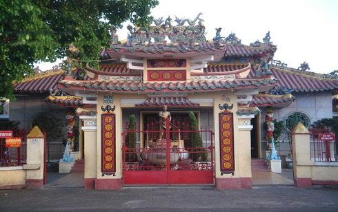 Đình thần Nguyễn Trung Trực tại Rạch Giá - Tuổi Trẻ Online