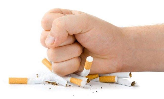 Xây dựng cộng đồng không hút thuốc lá - Tuổi Trẻ Online