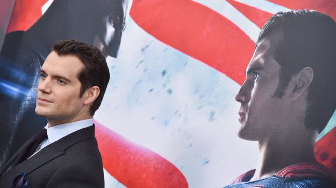 Henry Cavill trong vai Superman - Ảnh: Getty Images