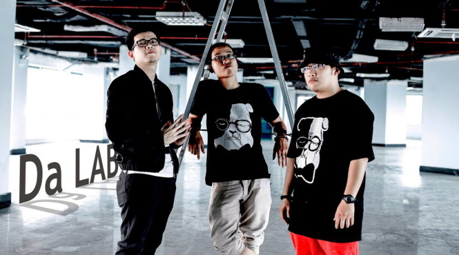 Các thành viên của Da LAB: Trọng Đức (Rabbit Run), Việt Phương (JGKid) và Minh Phương (MPaKK) - Ảnh: T.Đ.