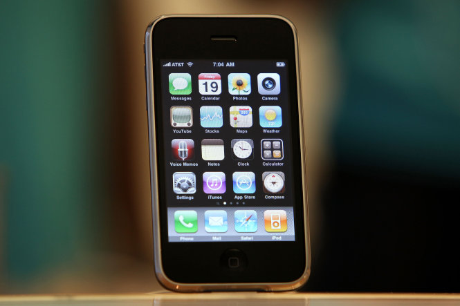 Điện thoại iPhone 3GS - Ảnh: Justin Sullivan/Getty Images