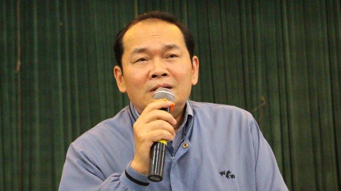 Ông Hà Huy Quang, Phó giám đốc Sở GTVT Hà Nội trả lời những kiến nghị của các doanh nghiệp vận tải sáng 15-3 - Ảnh: Chí Tuệ