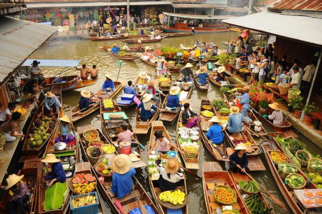 Chợ nổi ở Damnoen Saduak, Thái Lan.  -Ảnh: Shutterstock
