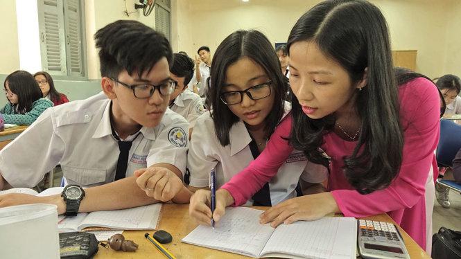 Chọn ngành từ kết quả thi và quy hoạch nguồn nhân lực
