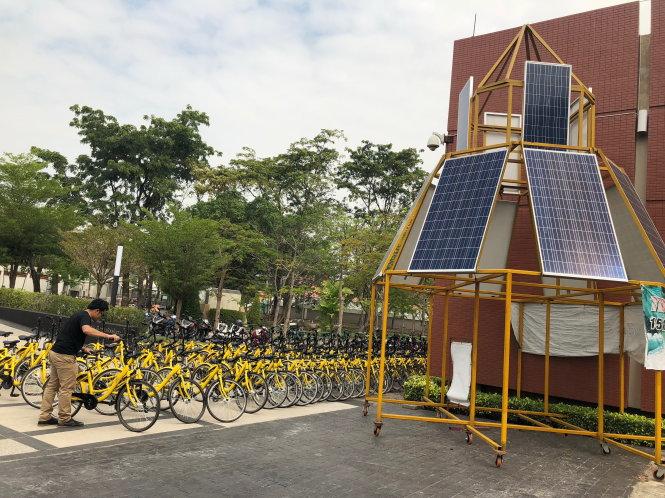 Xe đạp miễn phí cho SV đi lại tại ĐH Thammasat. Ảnh: Hồng Vân