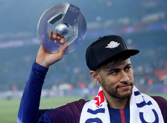 Neymar có tên trong danh sách tuyển Brazil dự World Cup 2018 dù chưa bình phục chấn thương. Ảnh: REUTERS