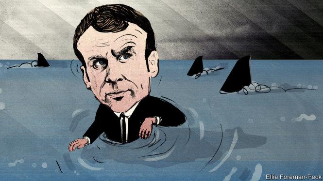 Sau giai đoạn trăng mật, giờ ông Macron đang phải đối mặt với thực tế trần trụi và hung hiểm. Ảnh: The Economist