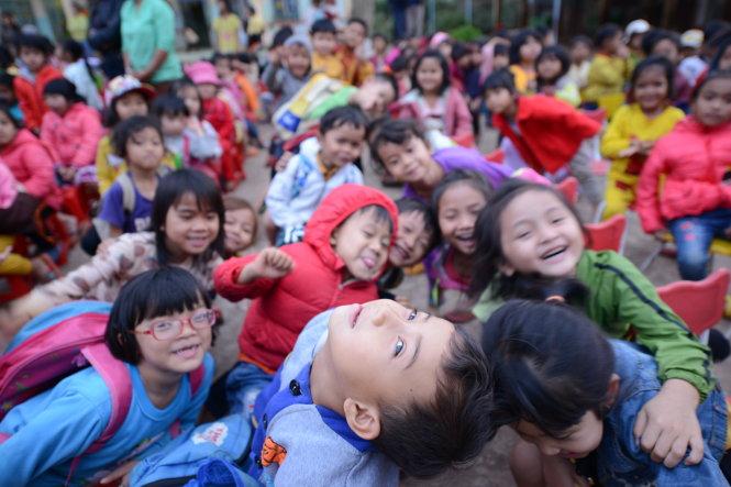 Những đứa trẻ ở xã Cư Pơng, huyện Krông Buk, Đắk Lắk. Ảnh: Công Cận