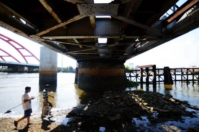 Về một cây cầu đường sắt 117 năm tuổi: Không thiếu phương án bảo tồn hay