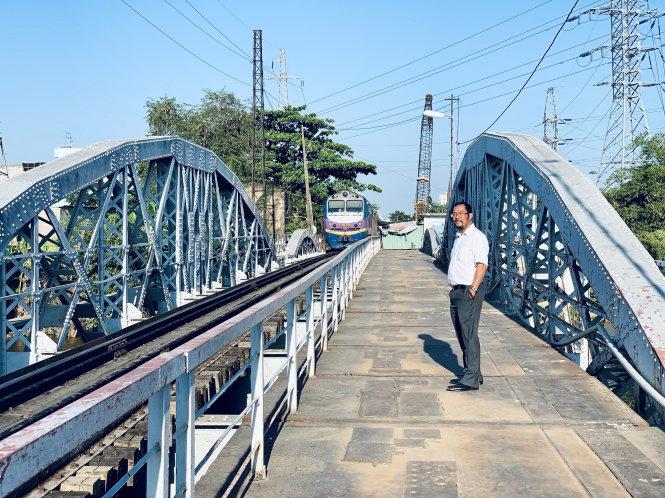 Hiện trạng cầu đường sắt Bình Lợi cũ. Ảnh: Cao Thành Nghiệp