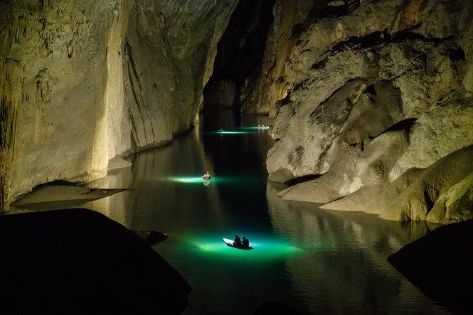 Thám hiểm hang động không chỉ là tận hưởng và phấn khích, mà còn đòi hỏi rất nhiều kỹ năng. Ảnh: Ryan Deboodt