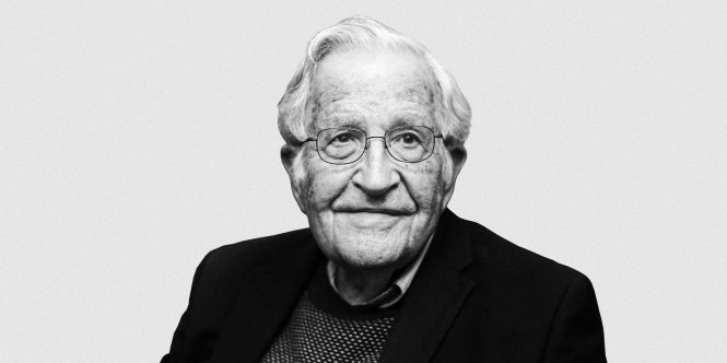 Noam Chomsky. Ảnh: The Intercept