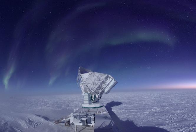 Trạm EHT ở Nam Cực