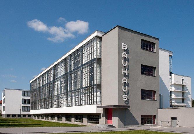 Tòa nhà Bauhaus ở Dessau, nay là một di tích lịch sử. Ảnh: bauhaus-dessau.de