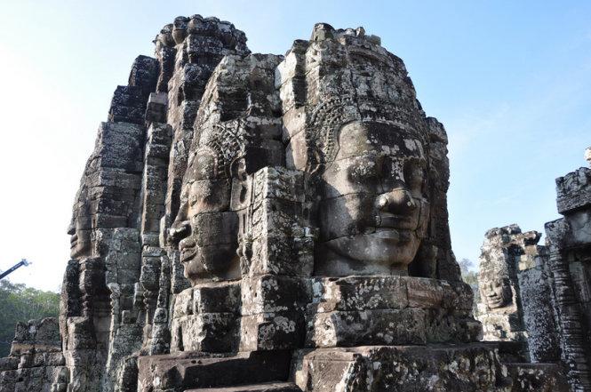 Tượng Bayon bốn mặt trong quần thể Angkor Thom, Campuchia