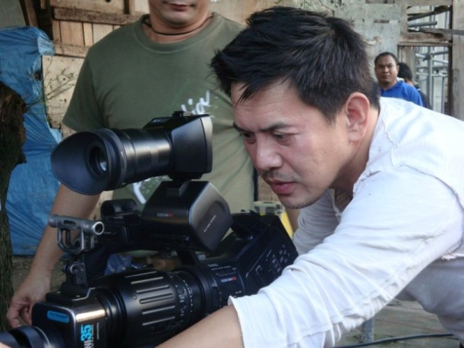 Brillante Mendoza với máy quay phim rẻ tiền Sony