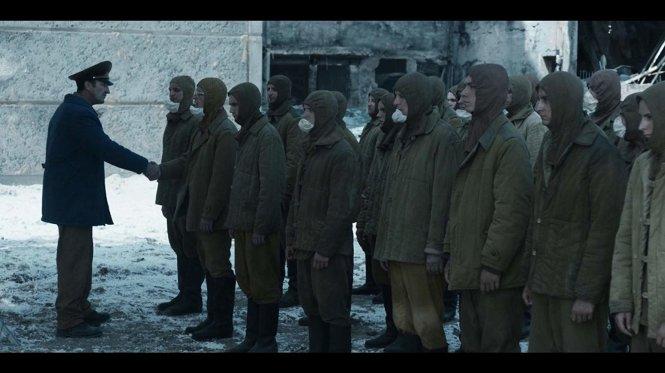 Cảnh trong phim Chernobyl của HBO.