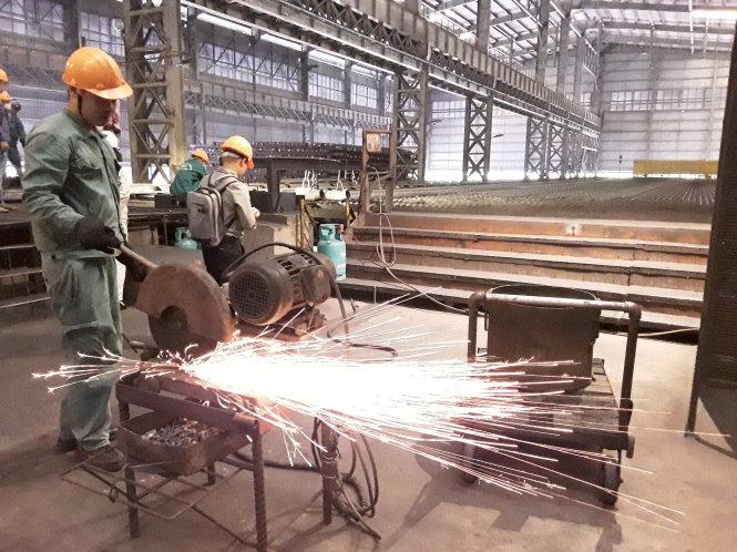 Sắt thép là một trong những ngành hàng đang bị điều tra chống bán phá giá. Trong ảnh: một nhà máy sản xuất thép của doanh nghiệp VN tại Thái Nguyên. Ảnh: Ngọc An