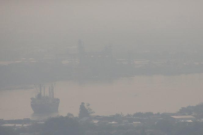 Thành phố Bangkok -(Thái Lan) chìm trong khói mù vì ô nhiễm không khí ngày 11-1-2019.-Ảnh: REUTERS