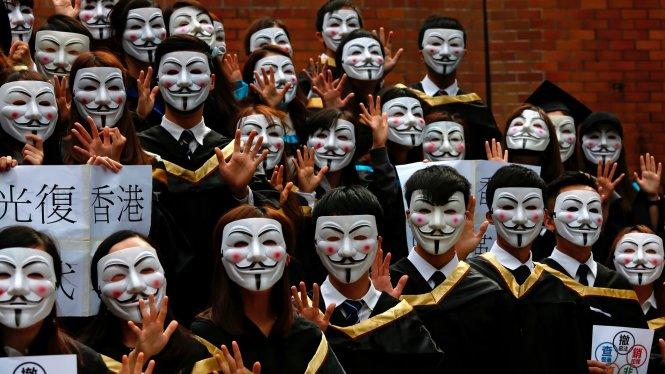 Hong Kong: Học đường biến thành chiến trường và cội rễ sâu xa