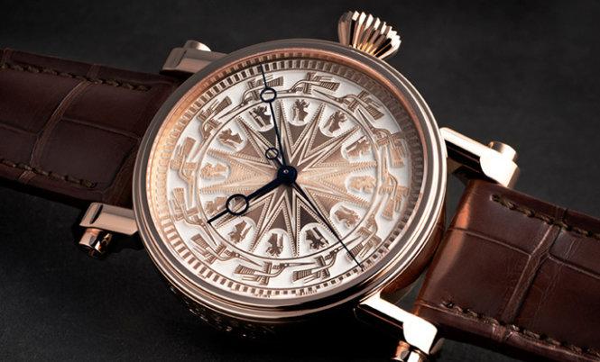 Đồng hồ của Hãng Speake Marin với họa tiết trống đồng Đông Sơn.