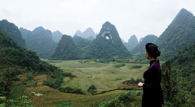 Cảnh quan núi Mắt Thần bốn mùa Xuân – Hạ - Thu – Đông. Ảnh: Phạm Ngọc Khoa – Hoàng Khuyến