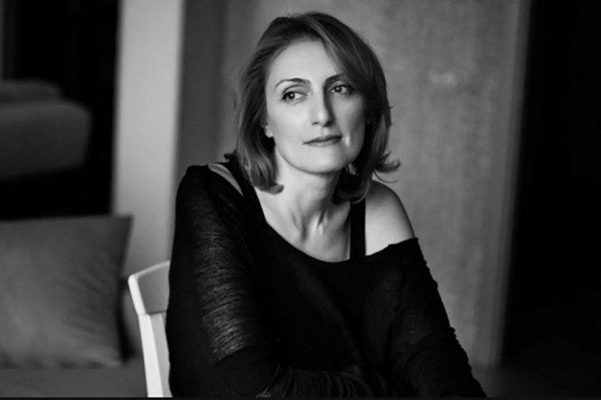Nhà văn Narine Abgaryan