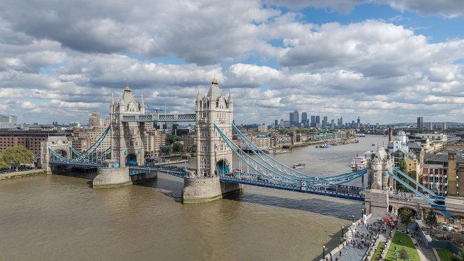 Bản gốc cầu cầu London Tower ở thủ đô London của Anh.  Ảnh: Colin, Wikimedia Commons, CC BY-SA-4.0