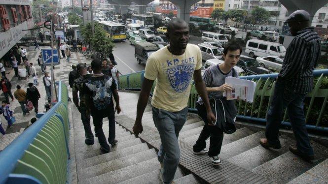 Ở Quảng Châu có cộng đồng người gốc Phi khá lớn. Ảnh: qz.com
