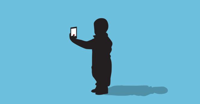 """Đừng để điện thoại """"bắt cóc"""" não trẻ"""