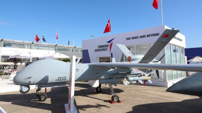 Máy bay không người lái của Thổ Nhĩ Kỳ tại triển lãm Paris Airshow 2019.