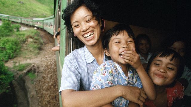 "Catherine Karnow: ""Gặp duyên"" ở Việt Nam"