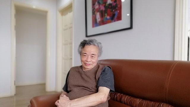 """Dịch giả Hoàng Đăng Lãnh: """"Tôi chỉ là một độc giả đặc biệt"""""""