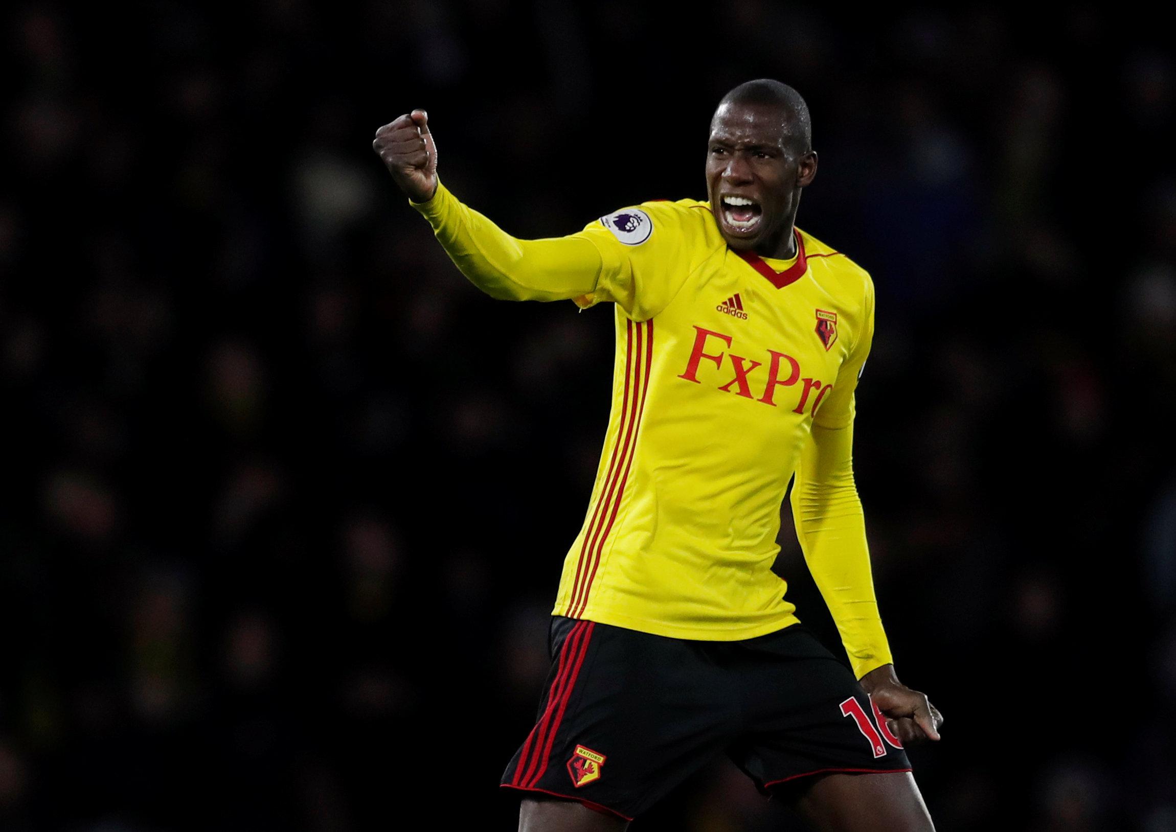 Niềm vui của Doucoure sau khi rút ngắn tỉ số xuống 2-3 cho Watford. Ảnh: REUTERS