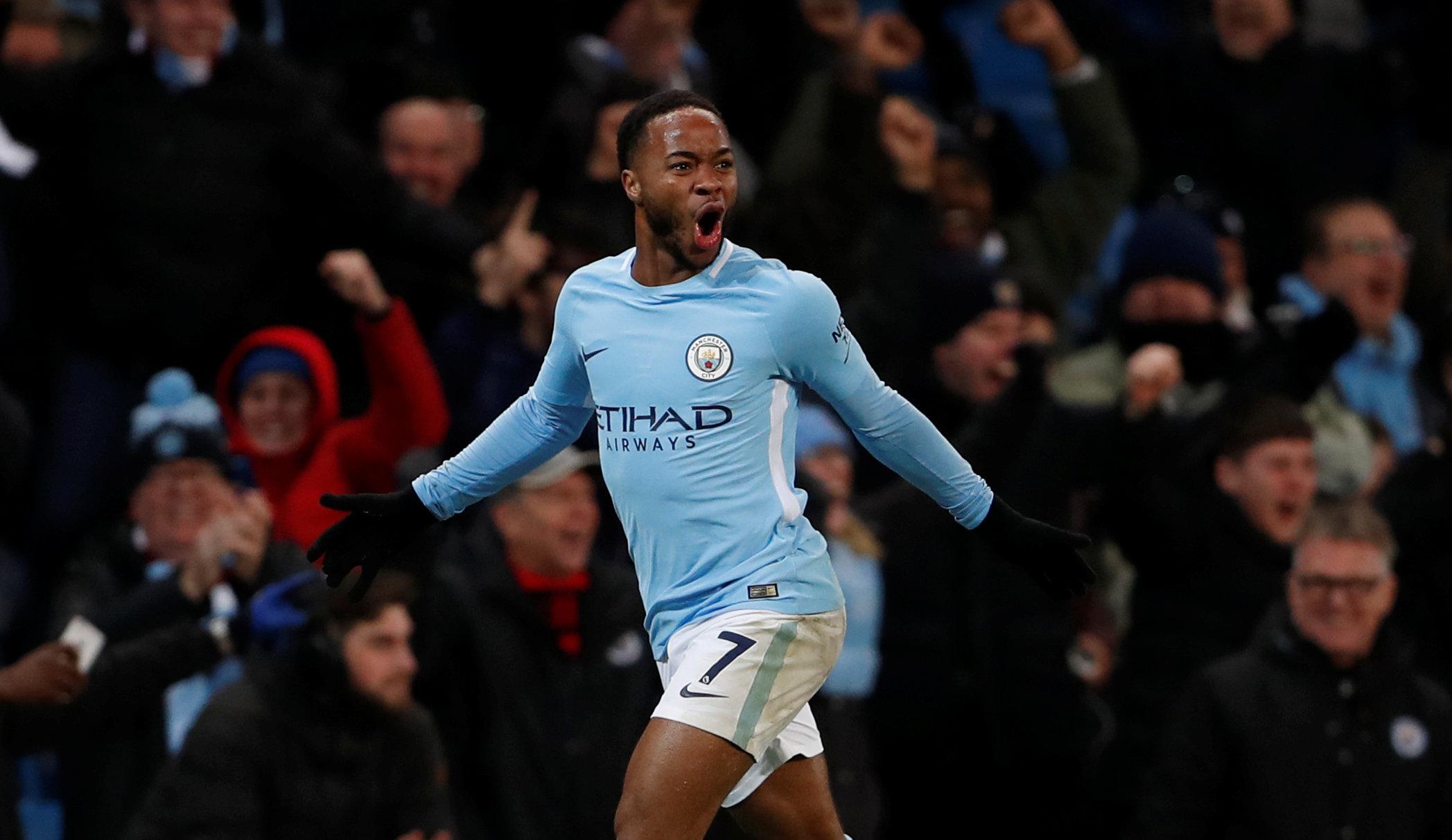 Sterling ăn mừng bàn thắng trong màu áo Man City. Ảnh: REUTERS