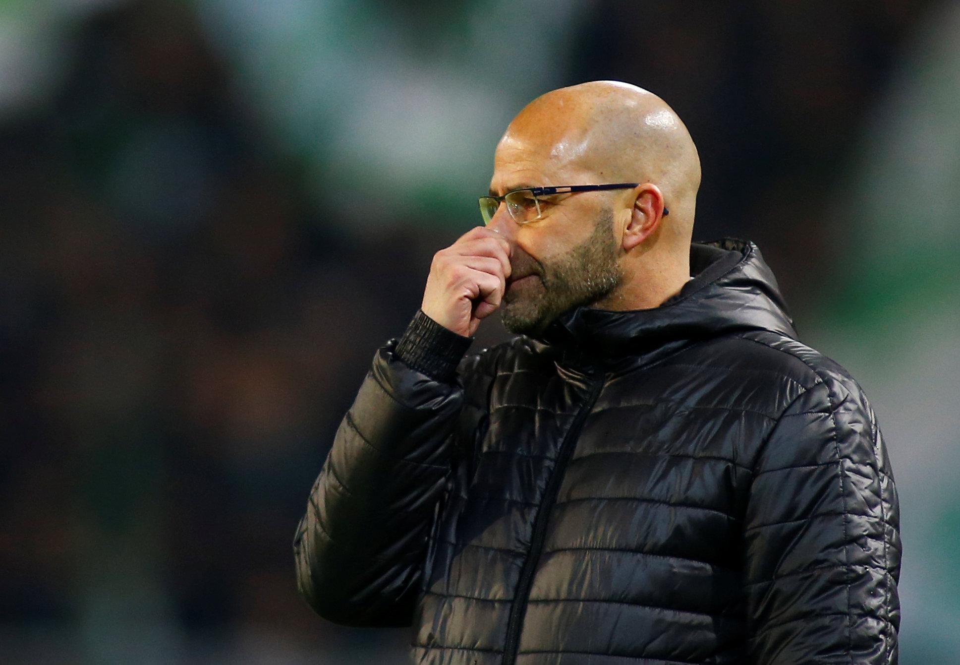 HLV Bosz bị Dortmund sa thải sau 7 tháng. Ảnh: REUTERS